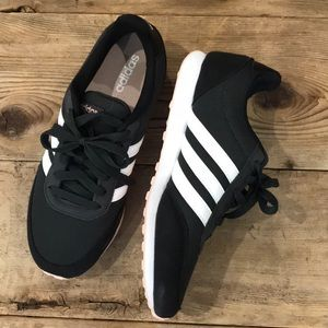 ADIDAS tennis shoes classic